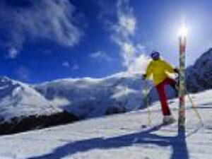 pic_skiing_snowboarding